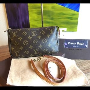 💯 LV Pochette Accessories w/Crossbody Strap